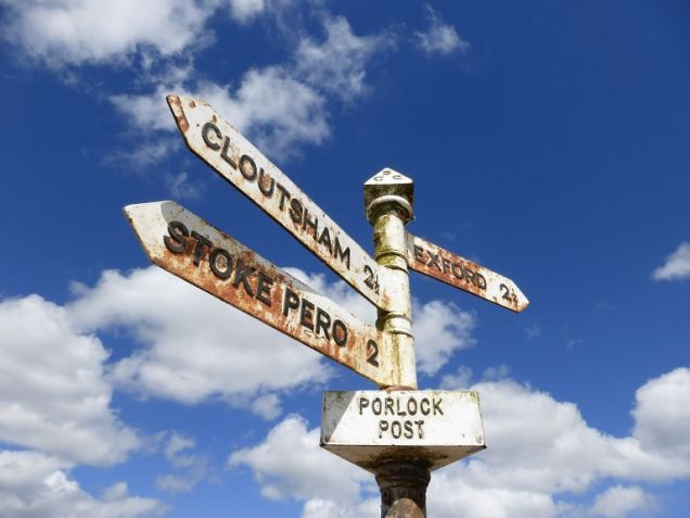 Signpost_Porlock Post2